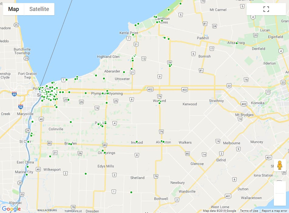 A map of Lambton County that displays all the points of restaurant inspections.